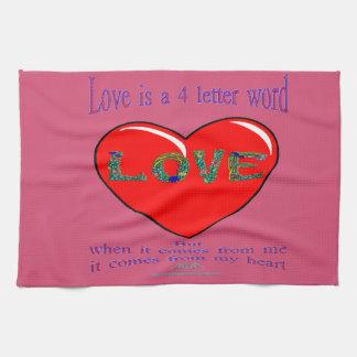 Liebe ist ein 4 Buchstabe-Wort Geschirrtuch
