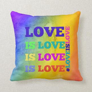 Liebe ist Liebe ist Liebe-Kissen Kissen