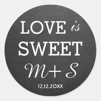Liebe ist süßes Gastgeschenke Runder Aufkleber