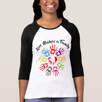 Liebe macht eine Familie - die Parenting Pflege T-Shirt