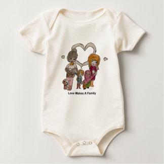 Liebe macht eine Familie durch Ainsley Baby Strampler
