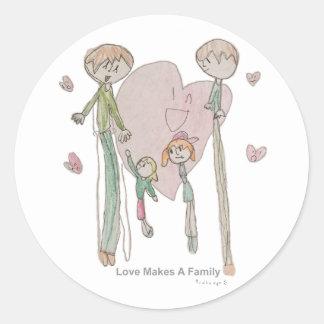 Liebe macht eine Familie durch Annika--Aufkleber Runder Aufkleber