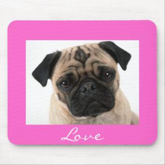 Liebe-Mops-Welpen-Hundeporträt-Rosa Mousepad