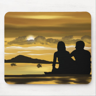 Liebe, romantischer Sonnenuntergang auf dem Strand Mousepad