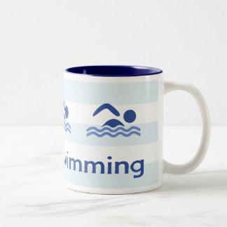 Liebe schwimmende hashtag blaue Streifen Zweifarbige Tasse