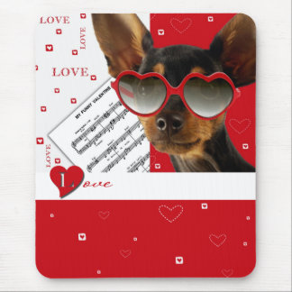 Liebe. Spaß-Valentinstag-Geschenk Mousepad