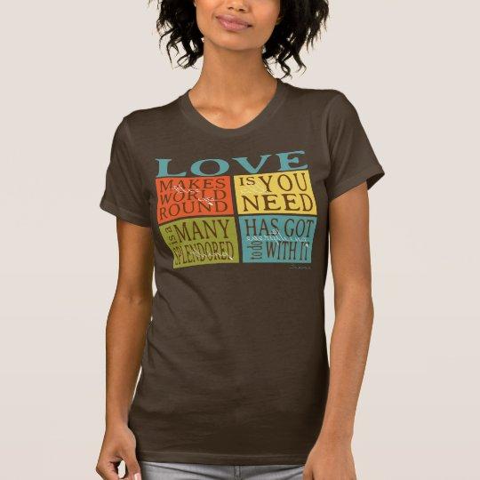 Liebe-Zitate in der Block-Muster-Druck-Herbst-Erde T-Shirt
