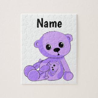 Lila Babyteddy-Bärn-Puzzlespiel personifizieren