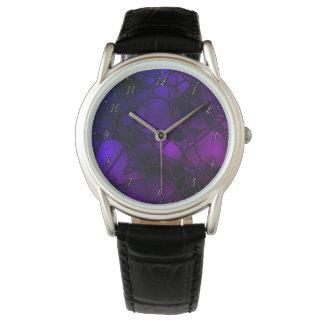 Lila beflecktes Glas-Uhr durch Julie Everhart Armbanduhr