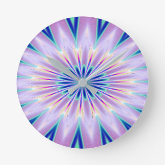 Lila blaues weißes Kaleidoskop Runde Wanduhr