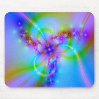 Lila Blume im Blau Mauspad