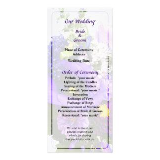 Lila Blumenstrauß mit den Lilien, die Programm