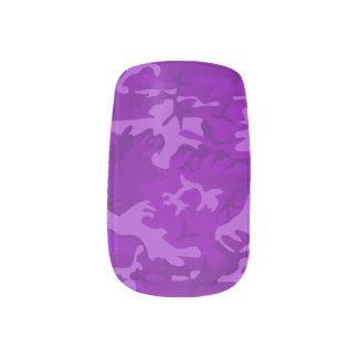 Lila Camouflage Minx Nagelkunst
