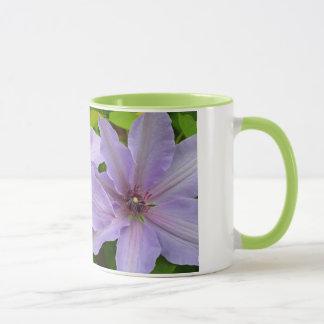 Lila Clematis-Blumen-Kaffee-Tasse Tasse