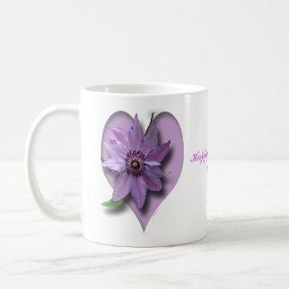 Lila Clematis und Herz Kaffeetasse