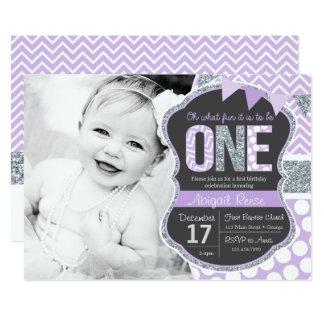 Lila Glitter-erste Geburtstags-Einladung Karte
