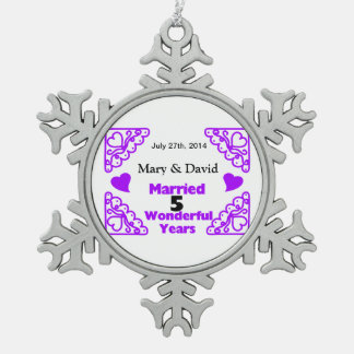 Lila Herz-Wirbels-Namen u. datieren 5 Schneeflocken Zinn-Ornament