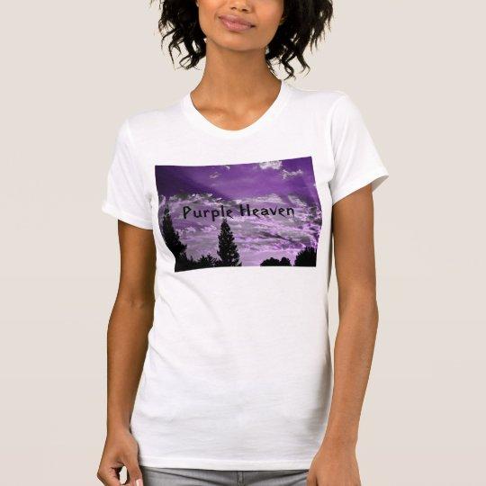 Lila Himmel. Künstlerischer Sonnenuntergangtribut T-Shirt