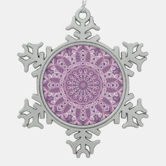 Lila Spitze-Muster Schneeflocken Zinn-Ornament