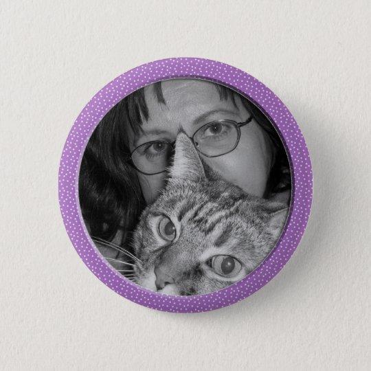 lila Tupfenrahmen Runder Button 5,7 Cm