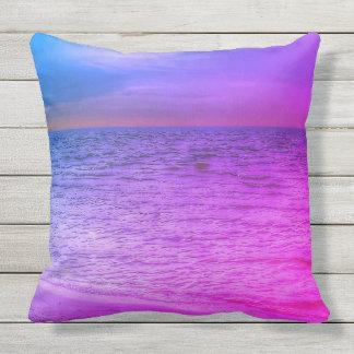 Lila und blaues Strand Throwkissen Kissen