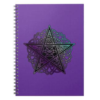 Lila und des Aqua verwickeltes Pentagramm Spiral Notizbücher