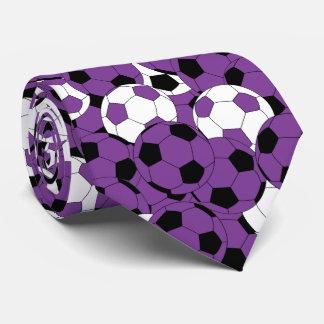 Lila, weiße und schwarze Fußball-Ball-Collage Krawatte