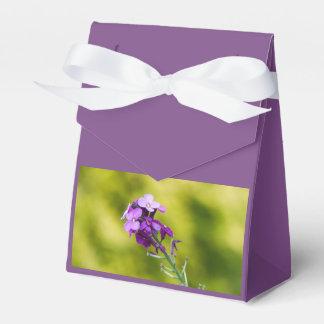 Lila Wildblumen Geschenkschachtel