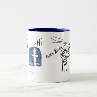 lil'DudE gegen Facebook Zweifarbige Tasse