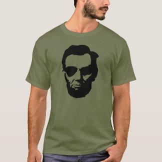 Lincoln mit Flieger-Sonnenbrille - Schwarzes T-Shirt