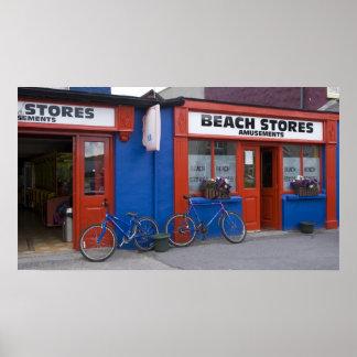 L'Irlande, Strandhill. Devanture de magasin avec d Poster