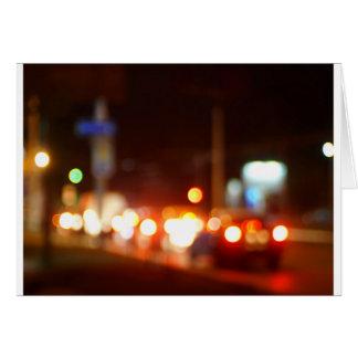 LKWs und Autos mit Scheinwerfern wurden für uns Karte
