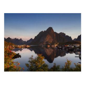 Lofoten - Dorf von Reine Postkarte kein Text