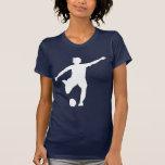 Logo du football des femmes (blanc sur le bleu) t-shirts
