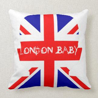 LONDON BABY KISSEN