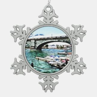 London-Brücke an Lake- Havasustadt, Arizona Schneeflocken Zinn-Ornament