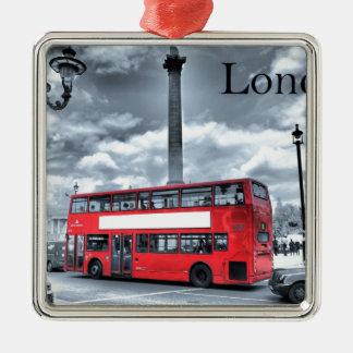 LONDON-BUS in Schwarzem u. im Weiß (St.K) Silbernes Ornament