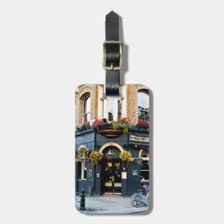 London-Kneipe Gepäckanhänger