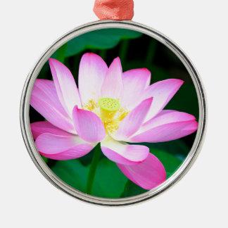 Lotos Rundes Silberfarbenes Ornament