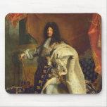 Louis XIV dans le costume royal, 1701 Tapis De Souris