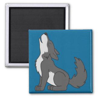 Loup gris d'hurlement avec les inscriptions magnet carré