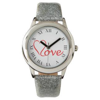 Love Herz auf weißem Hintergrund Armbanduhr