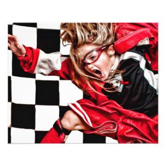 L'uniforme rouge d'athlète de fille d'enfant prospectus 11,4 cm x 14,2 cm