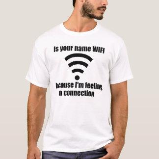 Lustig heben Sie Linie auf: WIFI-Verbindung T-Shirt