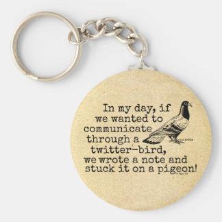 Lustige altes Alters-Twitter-Vogel-Taube Schlüsselanhänger