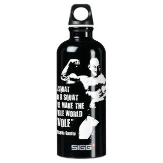 Lustige Bodybuildings-anhebendes Turnhallen-Zitat, Wasserflasche