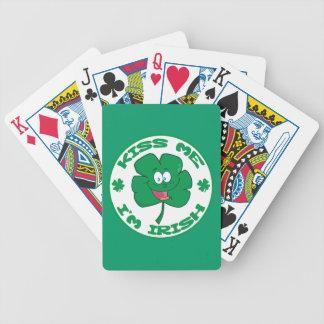 LUSTIGE GRÜNE KÜSSEN MICH, den ich IRISCHER Bicycle Spielkarten
