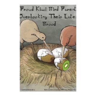 Lustige Kiwi-Vögel, die ihre Frucht neigen Briefpapier