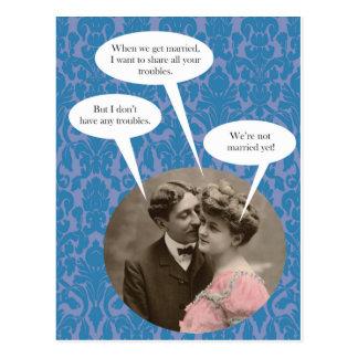 Lustige Vintage Verlobungspostkarte Postkarte