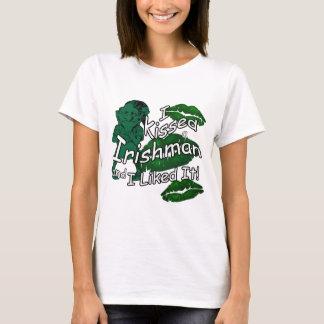 Lustigen geküssten Ire-St Patrick Weiß T-Shirt